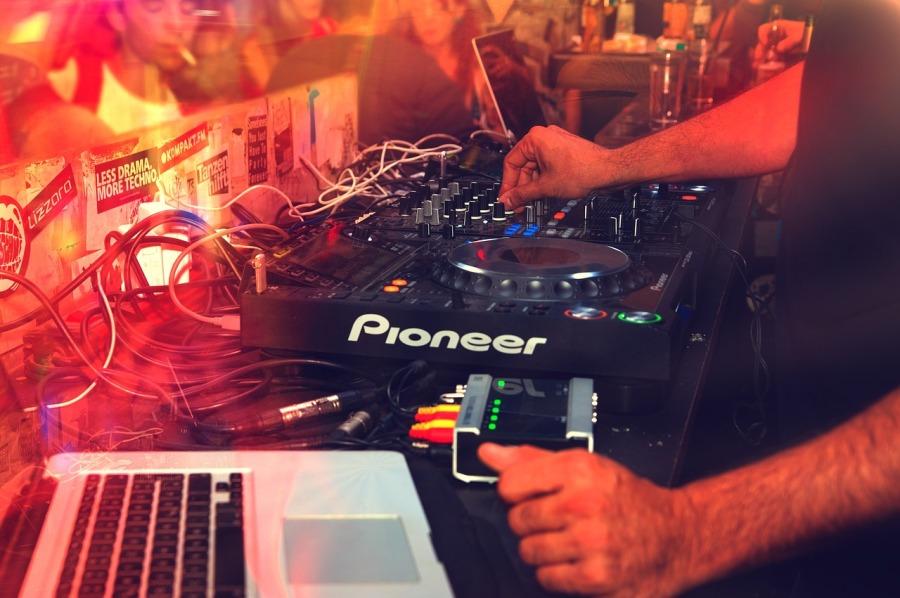 dj-club